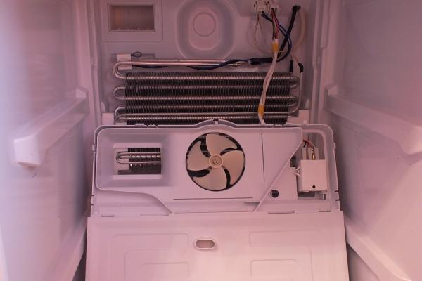 Вентилятор в холодильнике