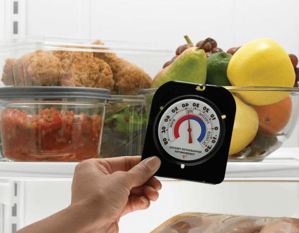 Измерение температуры в холодильнике комнатным термометром
