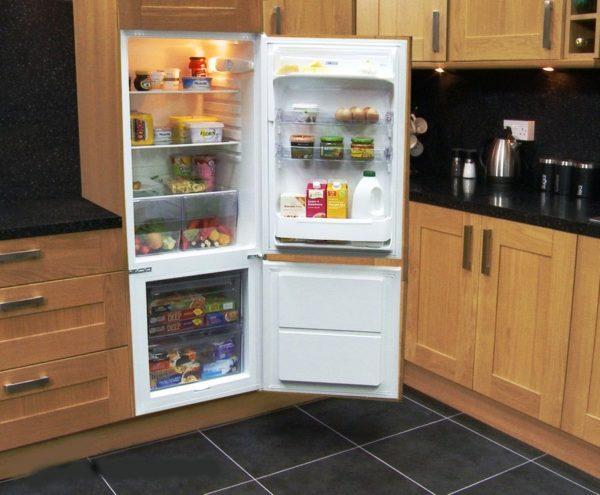 Двухкамерный встраиваемый холодильник