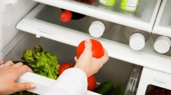 Помидор в холодильнике