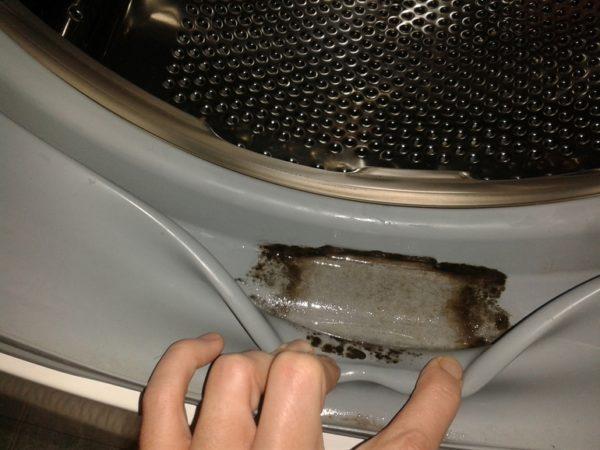 Грязь в барабане стиральной машины