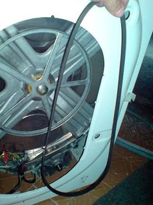 Слетел ремень в стиральной машине