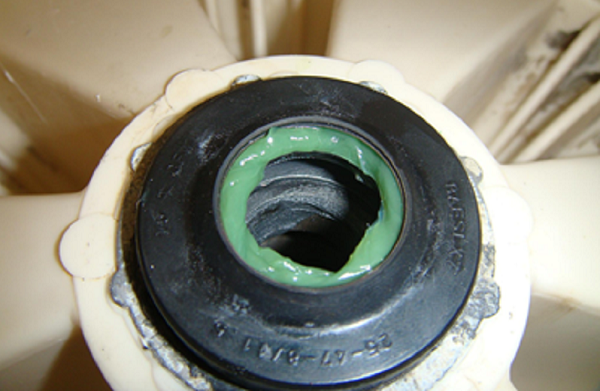 Чем смазать сальник на стиральной машине в домашних условиях