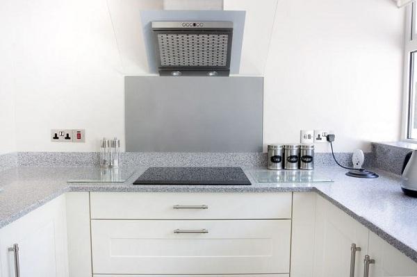 image005 34 - Вытяжка на кухню 60 см: встроенные Lex Mini, Cata, Elikor Integra