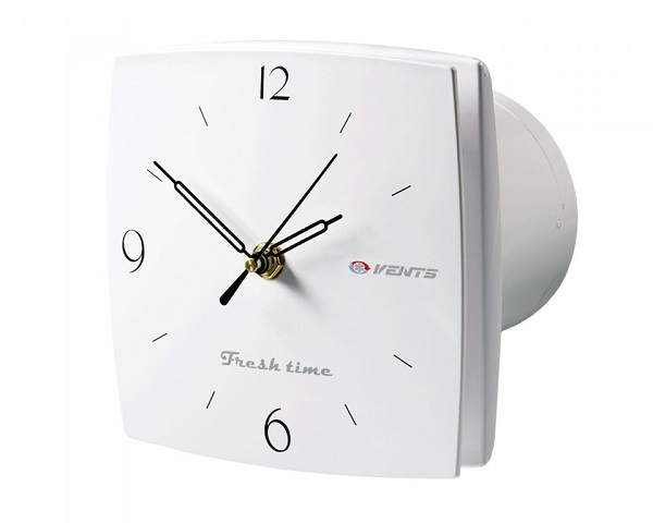 Со встроенными часами