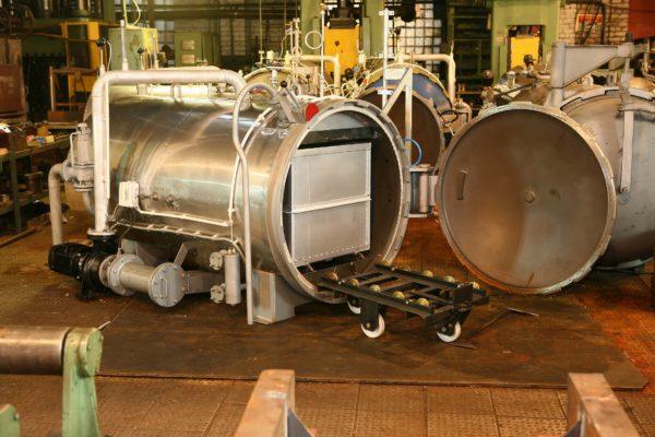 Паровой стерилизатор для обработки консервов
