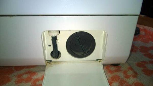 Сливной фильтр стиральной машины