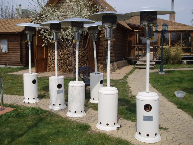 Газовый ИК обогреватель на даче