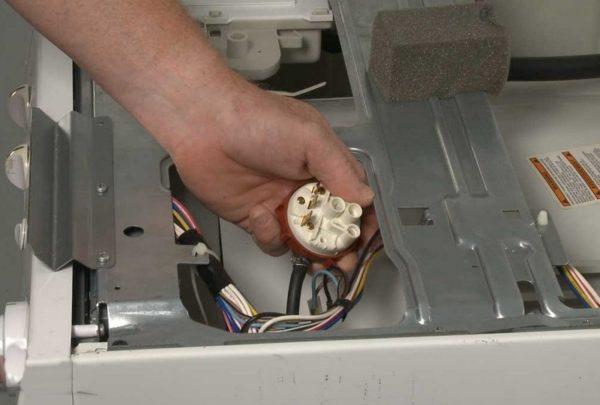 Замена прессостата посудомоечной машины
