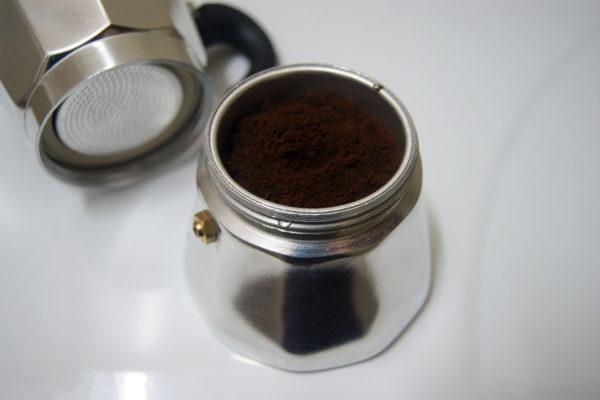 Использование кофеварки