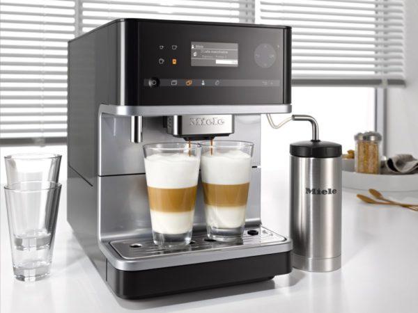 Отдельно стоящая кофемашина