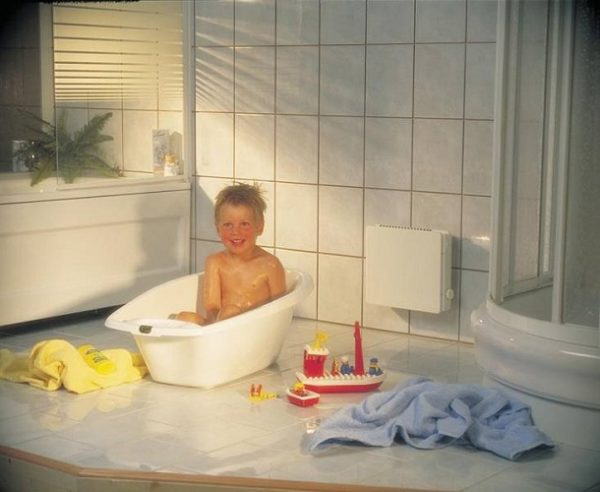 Конвектор в ванной комнате