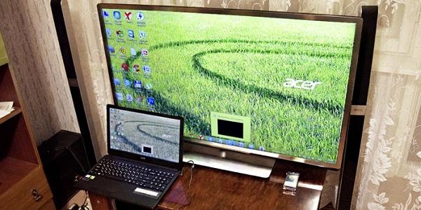 Телевизор и ноутбук