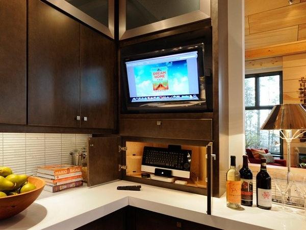 Телевизор встроен в гарнитур