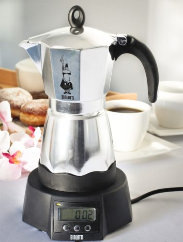 Гейзерная кофеварка с таймером