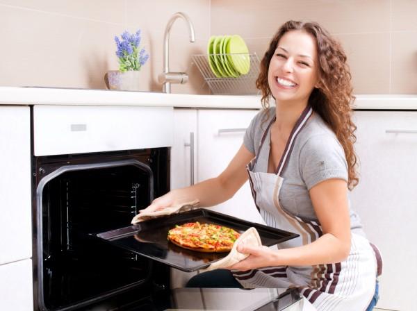 Приготовление пиццы в духовке