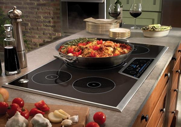 Индукционная плита и приготовление блюда