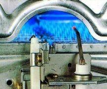 Огонь в газовой колонке