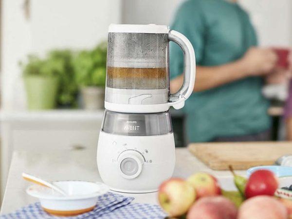 Пароварка-блендер Philips Avent на кухне