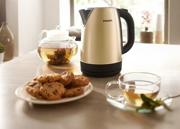 Чай, чайник и печенье
