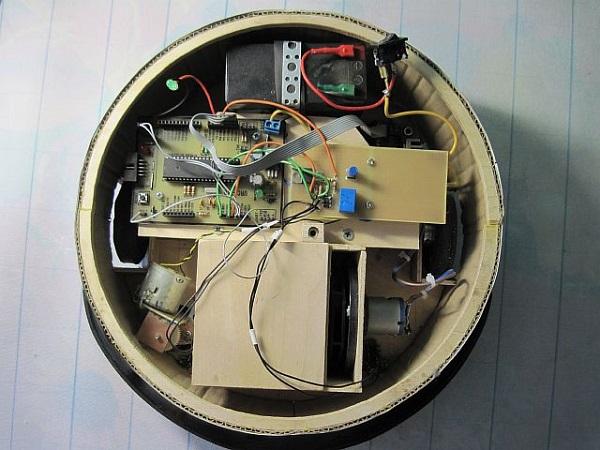 Схема генератора с тахометром