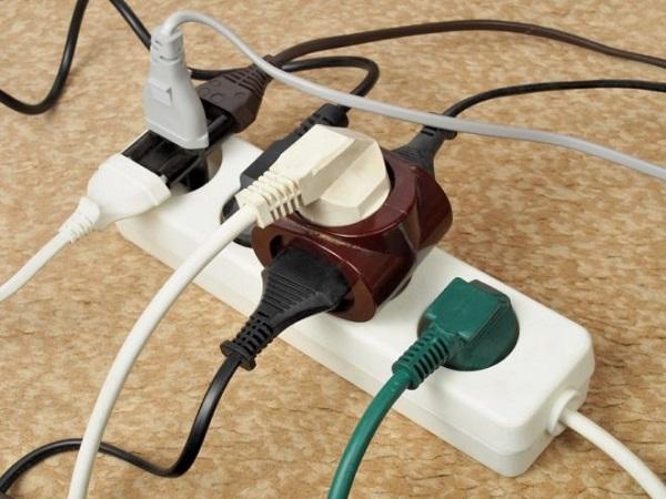 Одновременное включение нескольких электроприбооров