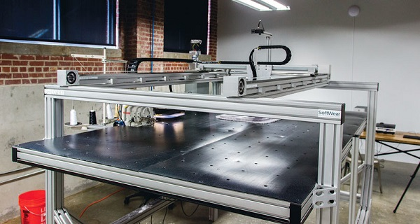 Робот, способный шить одежду