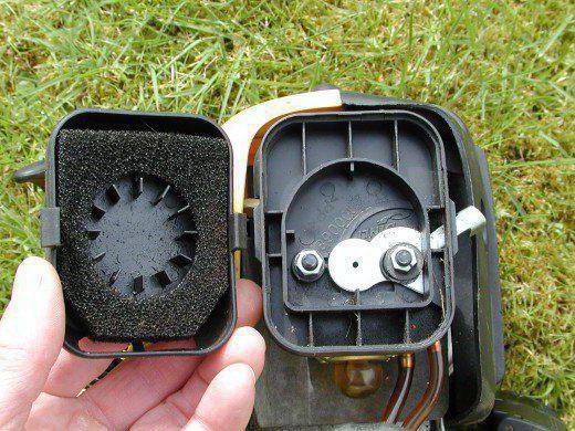 Воздушный фильтр для триммера