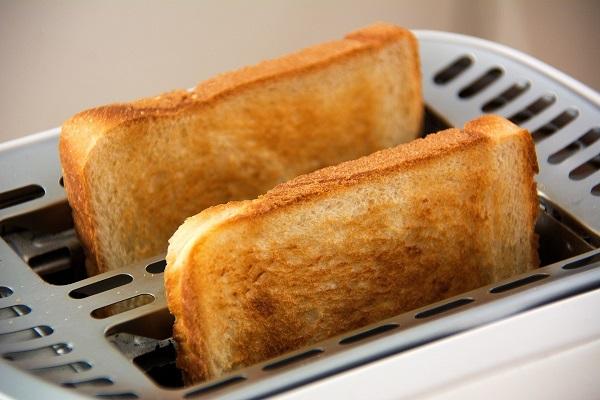 Тосты в тостере