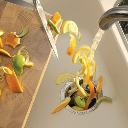 Зачем нужен диспоузер на кухонную мойку