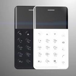 Новый японский мини-смартфон можно носить в кошельке