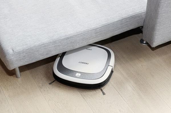 Робот-пылесос Deebot Ecovacs