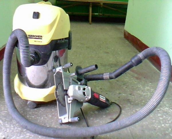 Штроборез с пылесосом