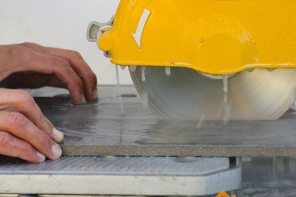 Профессиональный плиткорез