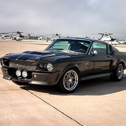Прототип автомобиля Ford Mustang Eleanor Fastbacks