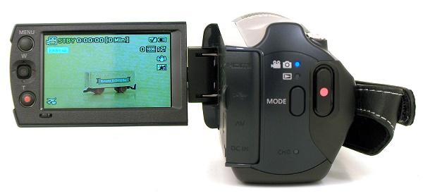Видеокамера с дисплеем