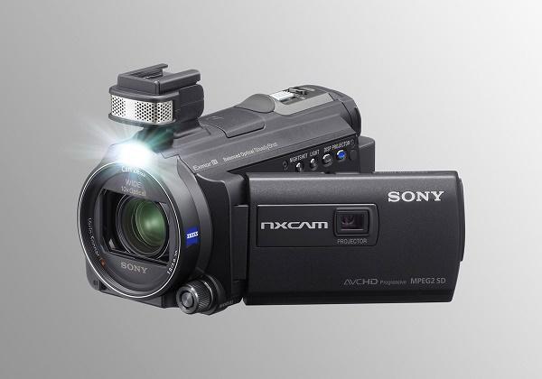 Полупрофессиональная видеокамера