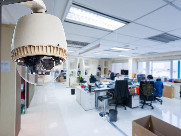 Видеокамера в офис