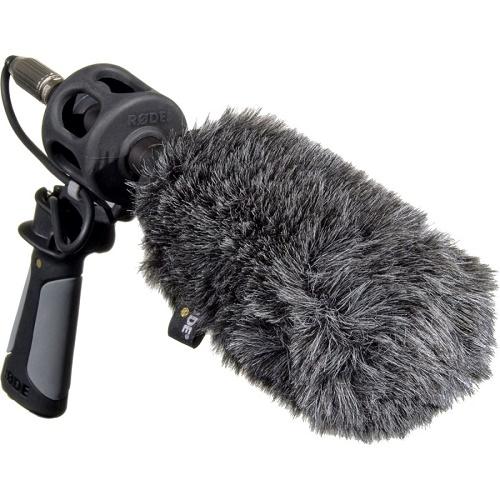 Микрофон с защитой от ветра