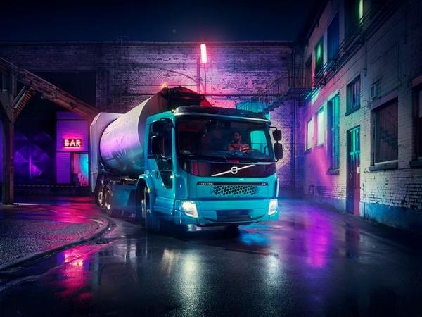 Скоро на дорогах появится новый электрический грузовик от Volvo
