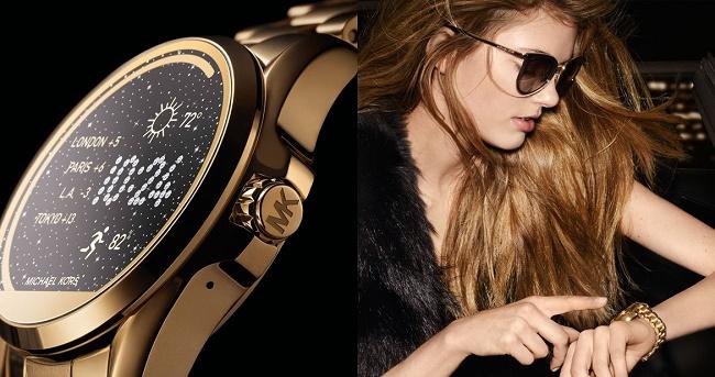 Часы на женской руке