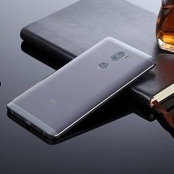 Производительный фаблет Xiaomi Mi 5s Plus