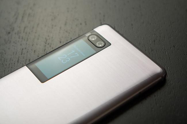 Второй дисплей смартфона