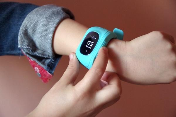 Часы на детский руке