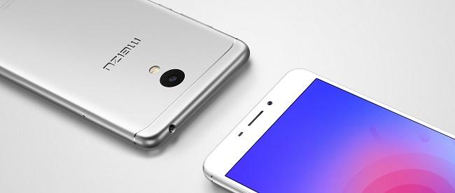Передняя и задняя панель смартфона