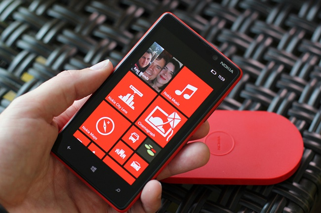 Nokia Lumia 820 беспроводная зарядка