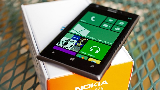 Nokia Lumia 925 смартфон