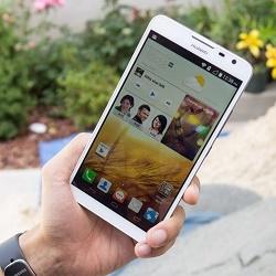 Десять лучших телефонов с большим экраном
