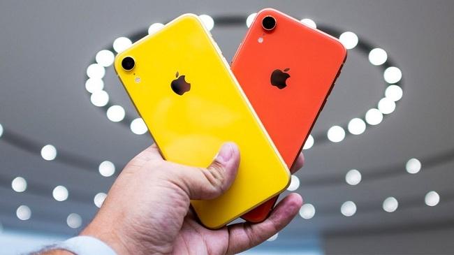 Желтый и красный айфон