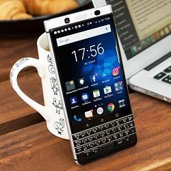 BlackBerry KeyOne – необычный бизнес-смартфон